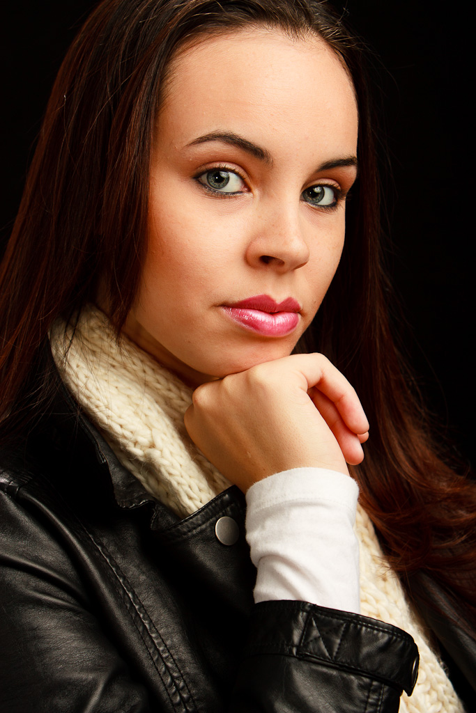 Adult-Female-Model-Portrait-12-Mike-Dooley.jpg
