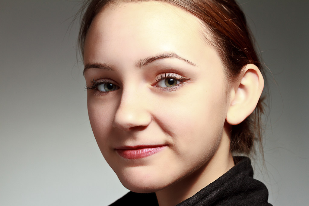 Portrait photograph of a young lady named Sam, taken by Rhode Island photographer Mike Dooley
